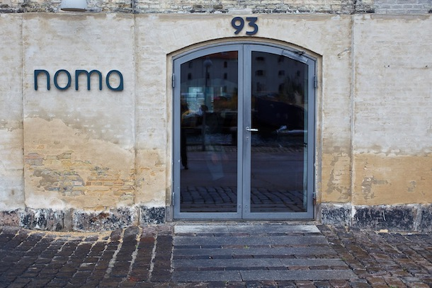 Noma-Entrance-to-Restaurant