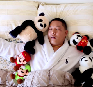 eddie-huang-munchies-huangs-world